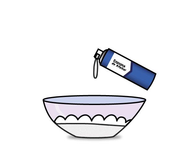 Para hacer la nieve añadimos espuma de afeitar en el bol