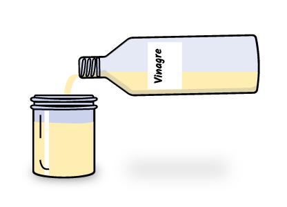 Llenando el tarro con vinagre